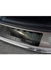 BMW X3 II  F25 -2013– Glossy black – boot entry guard